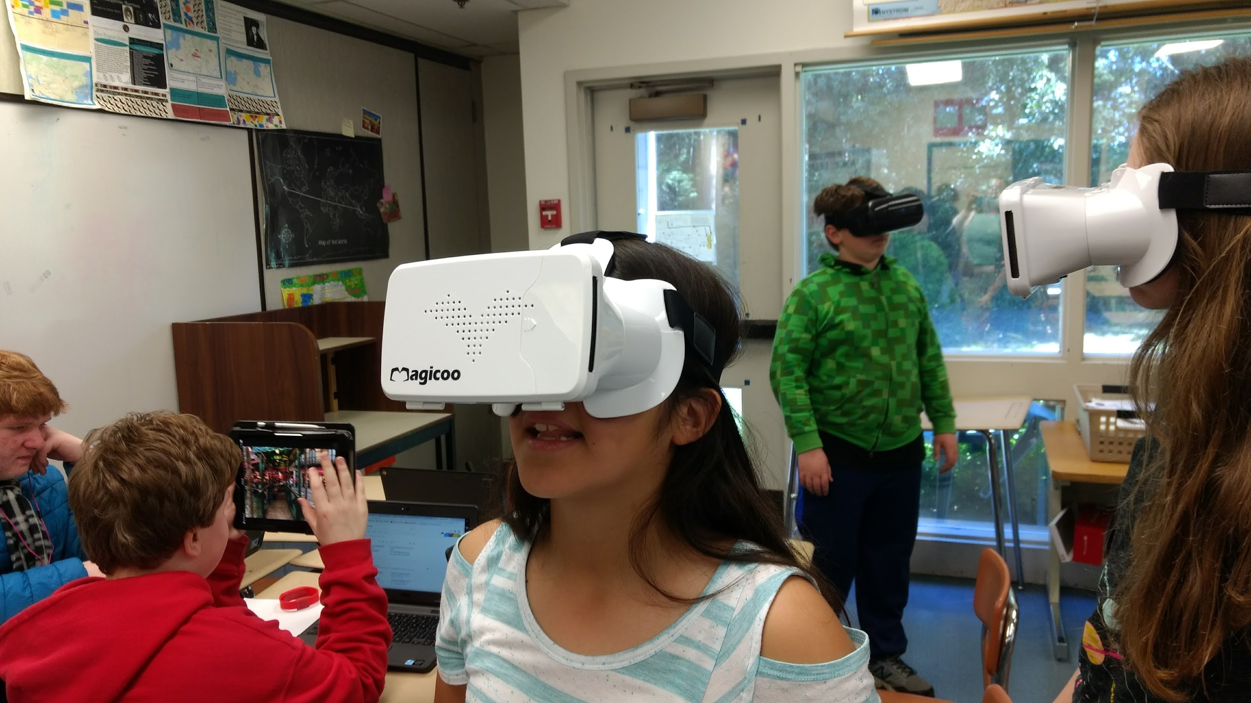 Kids using google cardboard